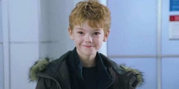 2) This adorable child (played by Thomas Brodie-Sangster) is supposed to be AN ACTUAL CHILD — probably like 7 or 8 years old.