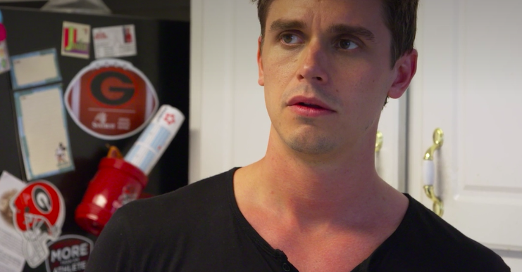 """People Are Properly Crushing Hard On Antoni From """"Queer Eye"""" Right Now"""
