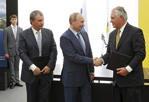 But at least Americans don't have to worry about Secretary of State Rex Tillerson resigning like Zijlstra anytime soon: definitely met with Putin in 2012 and there are pictures to prove it.