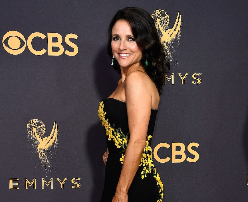 Most people recognize Valentine's Day as a day of love and that's just what Julia Louis-Dreyfus received this Wednesday from a ton of fans!