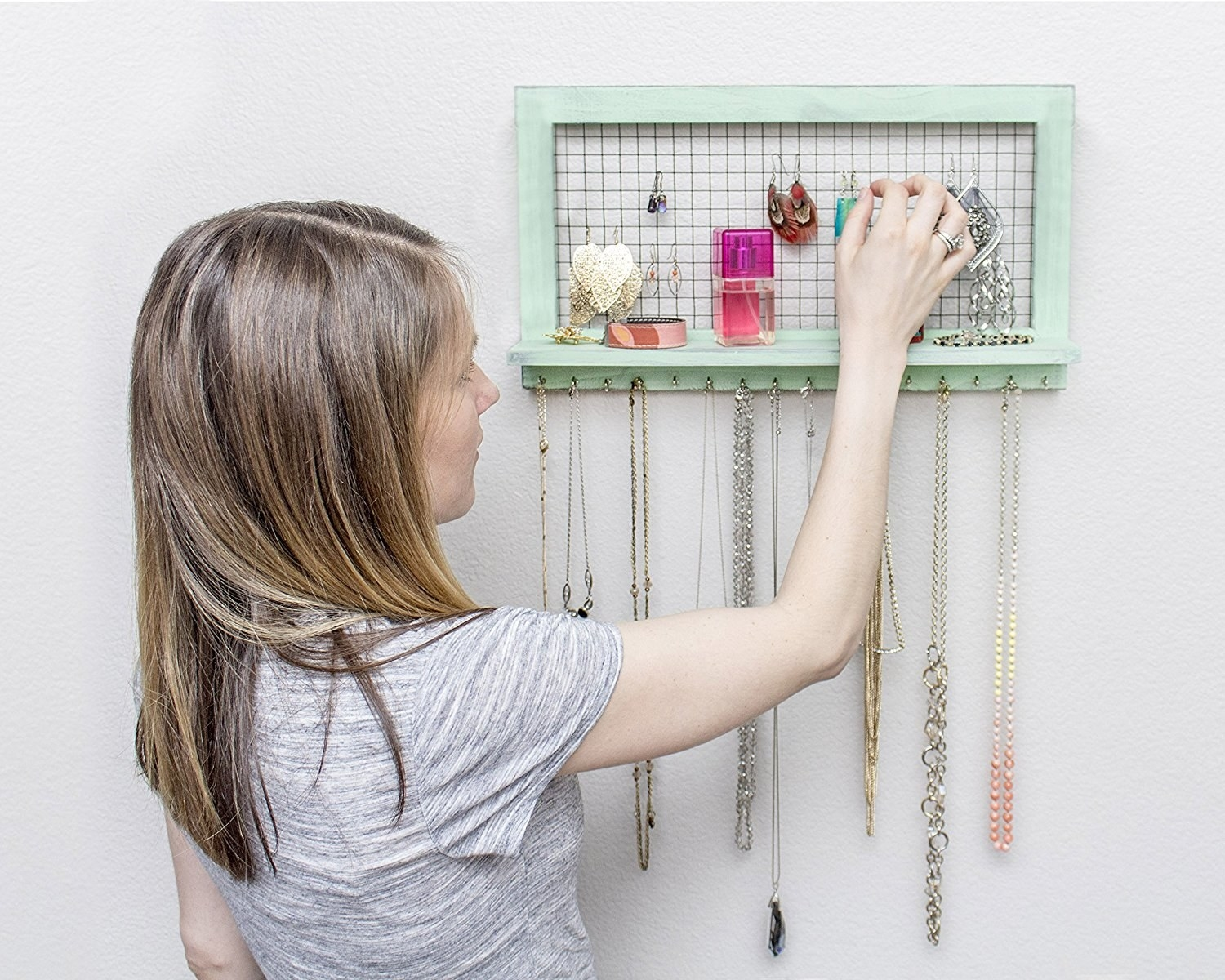 30 Useful Products Thatll Help Keep Your Jewelry Organized