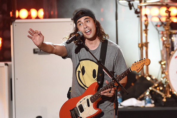 BRB, reminicising on all those hot summer days on the Vans Warped Tour. Was it the heat or just Vic Fuentes?!