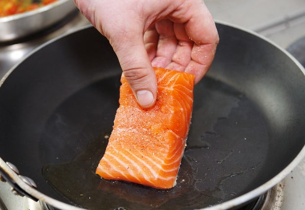 To cook fish that has a crispy skin, only use thick-cut fillets.