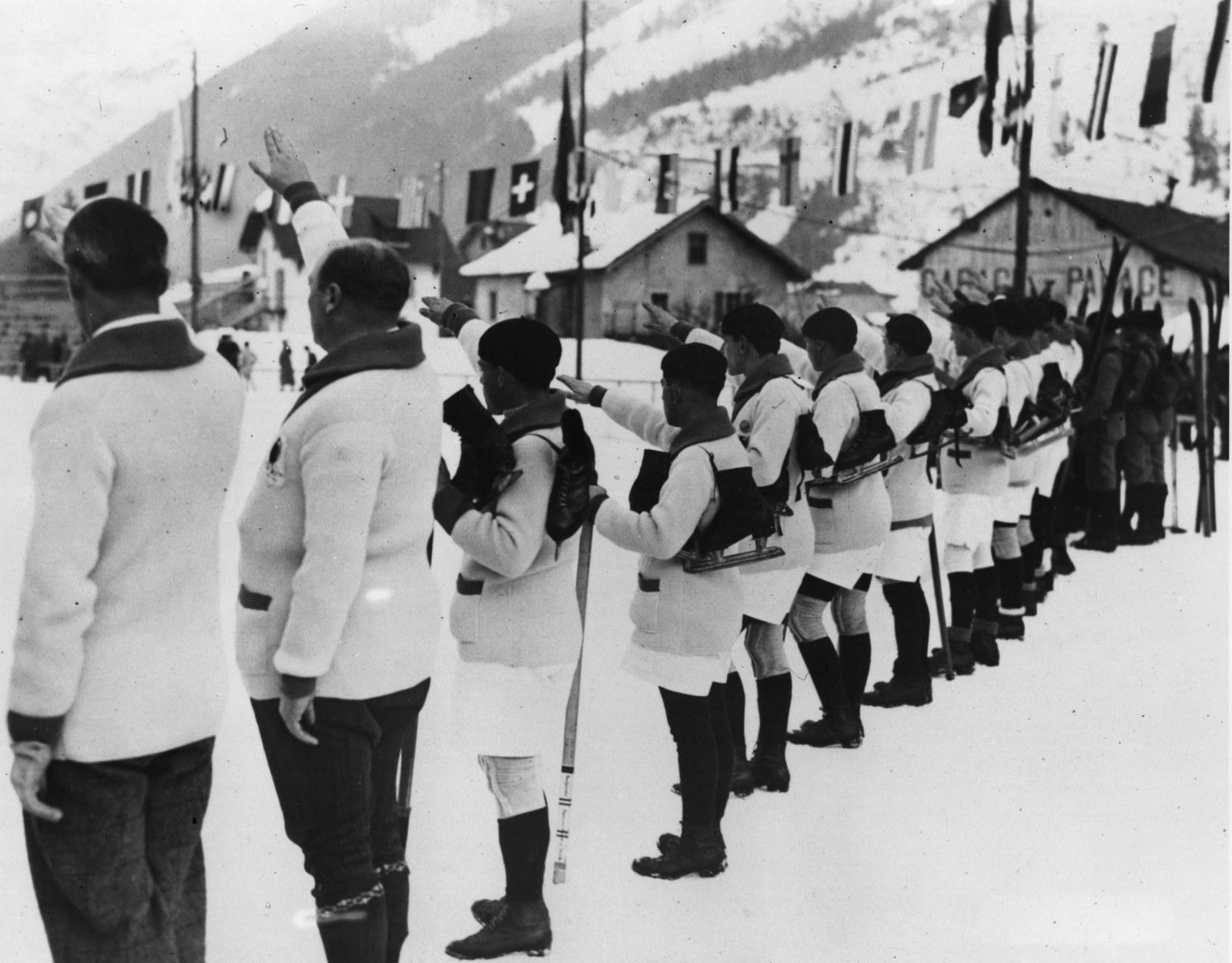 いまから94年前、第1回冬季オリンピックの貴重すぎる写真たち