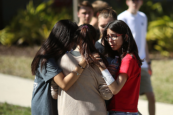 Several Other Armed Sheriff's Deputies Reportedly Waited Outside Florida School During Shooting Rampage