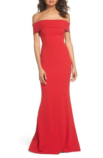 dab149886468 Nordstrom carries classy prom dresses from many different designers for a  look that's red carpet–ready.