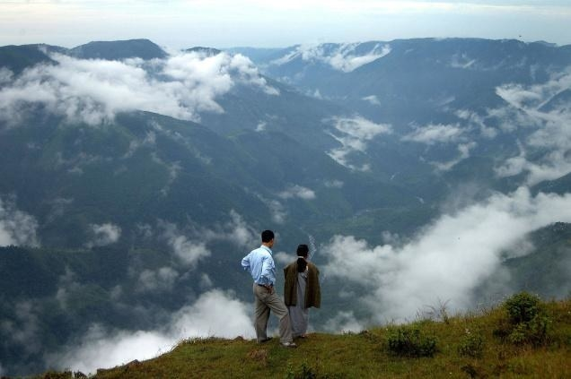 26 Reasons To Pack Your Bags And Visit Meghalaya Right Now
