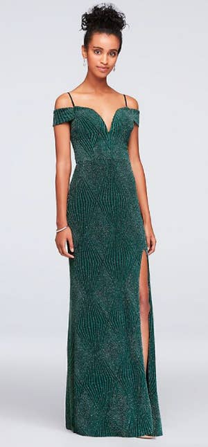 d1b951b34f4 The Best Places To Buy Prom Dresses Online