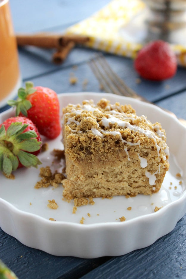Coffee Cake With Cinnamon Crumb Topping (Gluten Free and Vegan)