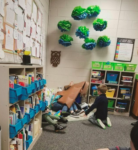 The teacher's tree decorations fell on students: