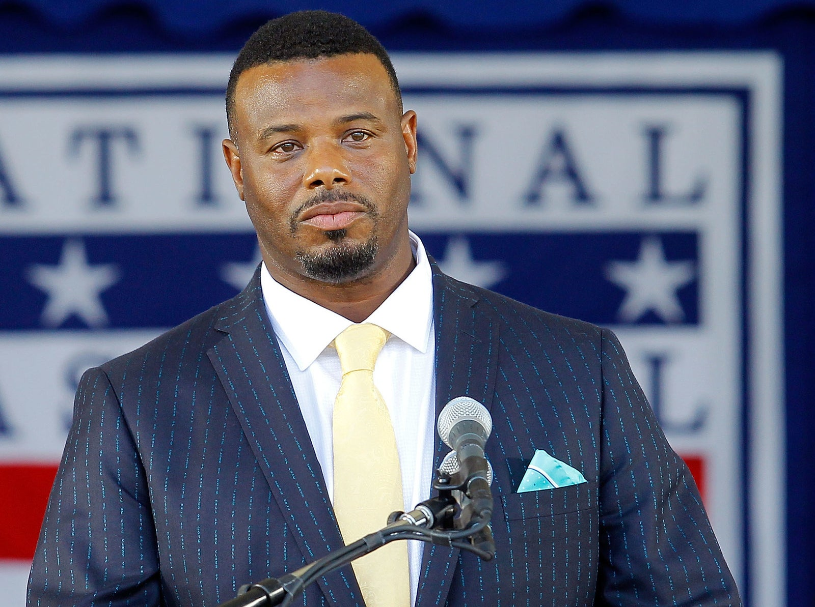 And this is what Ken Griffey Jr. looks like today. As you can see, he's still easy on the eyes.