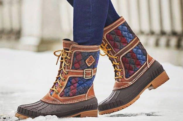 2513b57b675 30 Winter Boots That'll Actually Keep Your Feet Warm