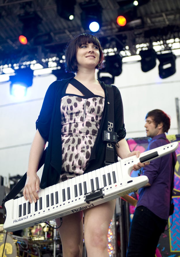 Who says playing keytar can't be sexy? Because Victoria Asher proved it totally is.