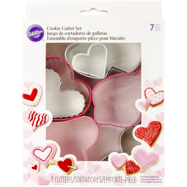A seven-piece cookie cutter set because love comes in all shapes and sizes.