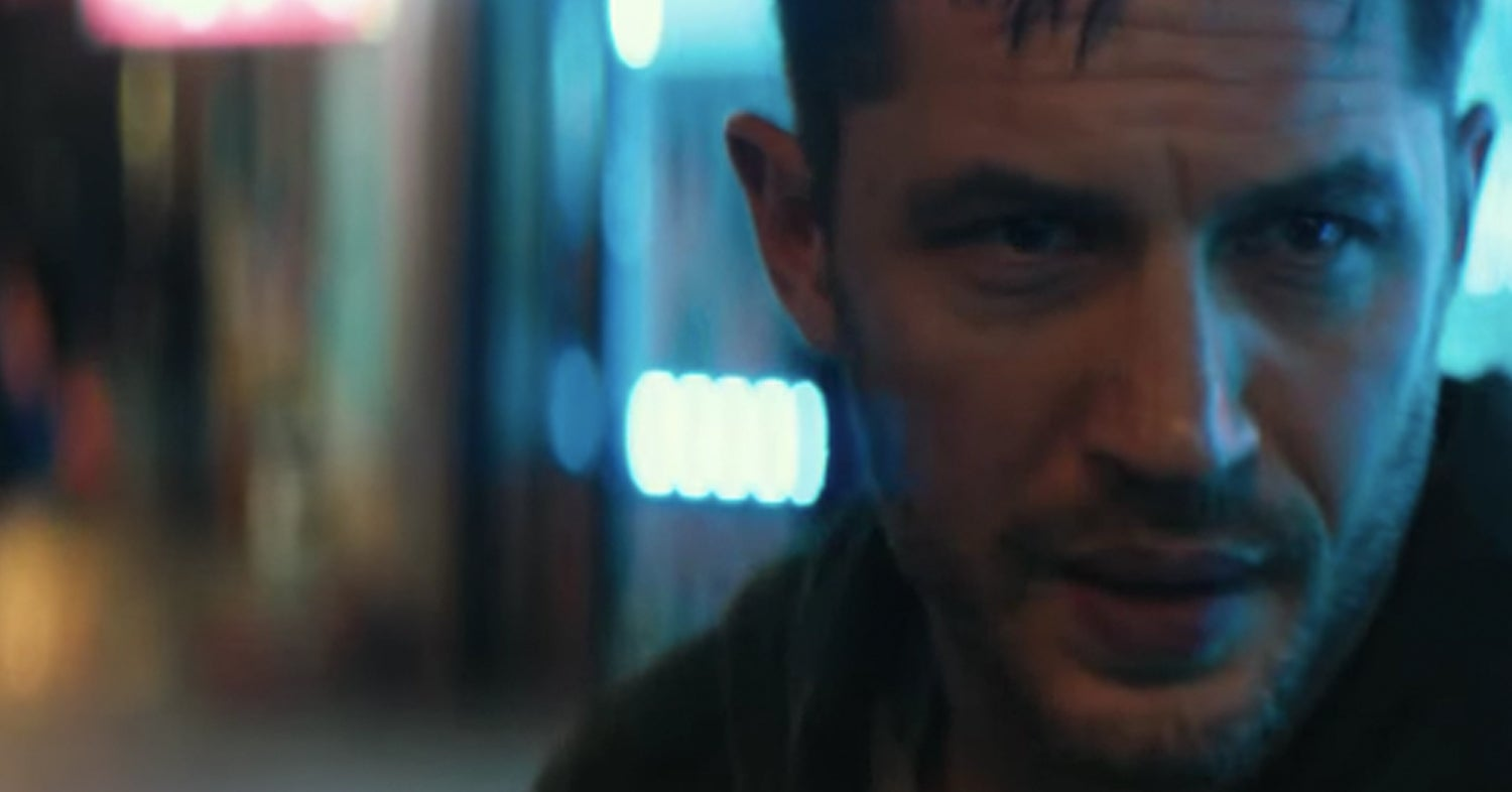 "Our First Look At Tom Hardy In ""Venom"" Is Here Just In Time For Thirsty Thursday"