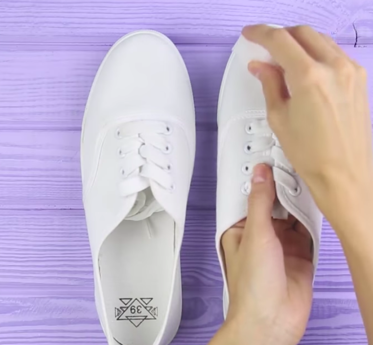 90a070c8c58b 23 Shoe Hacks You'll Wish You'd Known About Sooner
