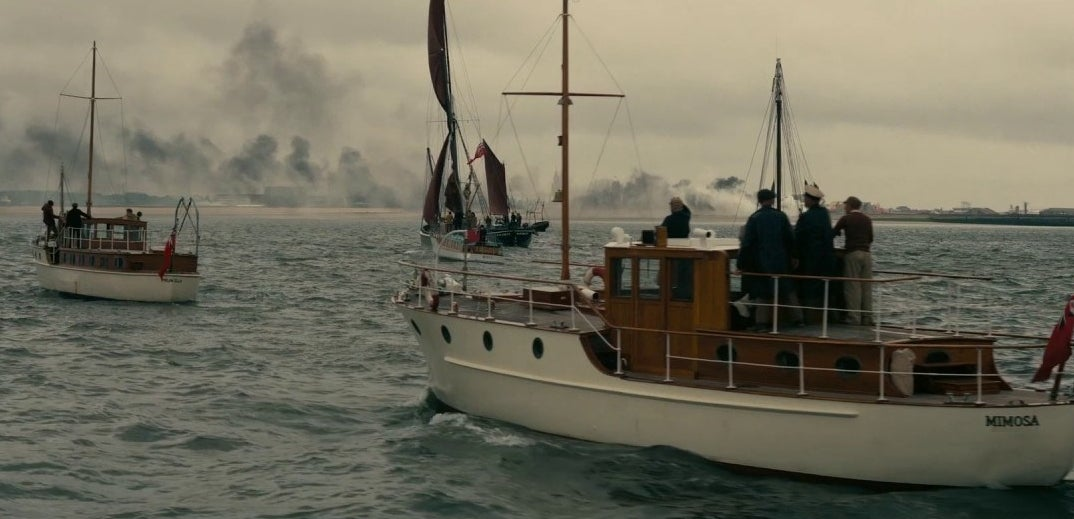Twelve of the original Little Ships that participated in the actual Dunkirk evacuation appear in the movie.