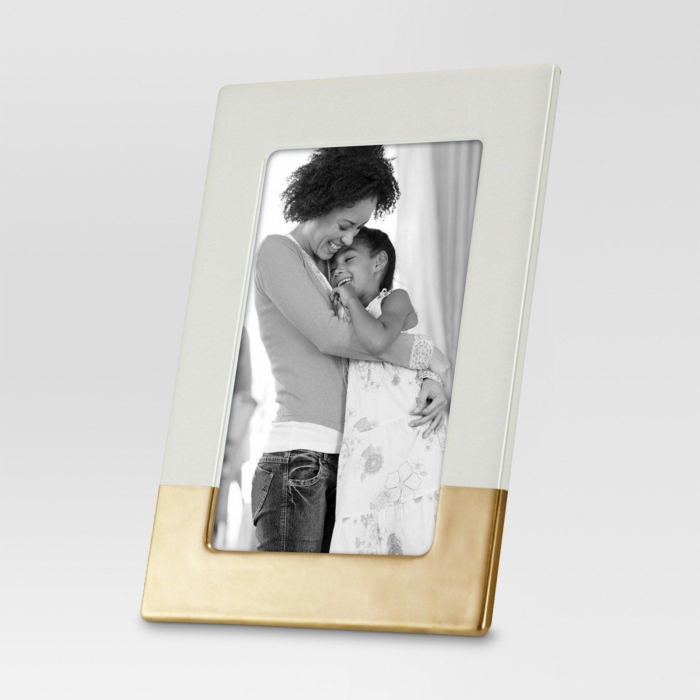 18 Of The Best Places To Buy Picture Frames Online