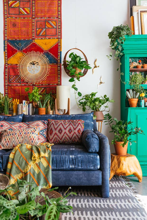 "Designer and founder of Jungalow, Justina Blakeney, makes sure to balance her signature maximalist style with empty spaces that act as little ""moments of calm."""