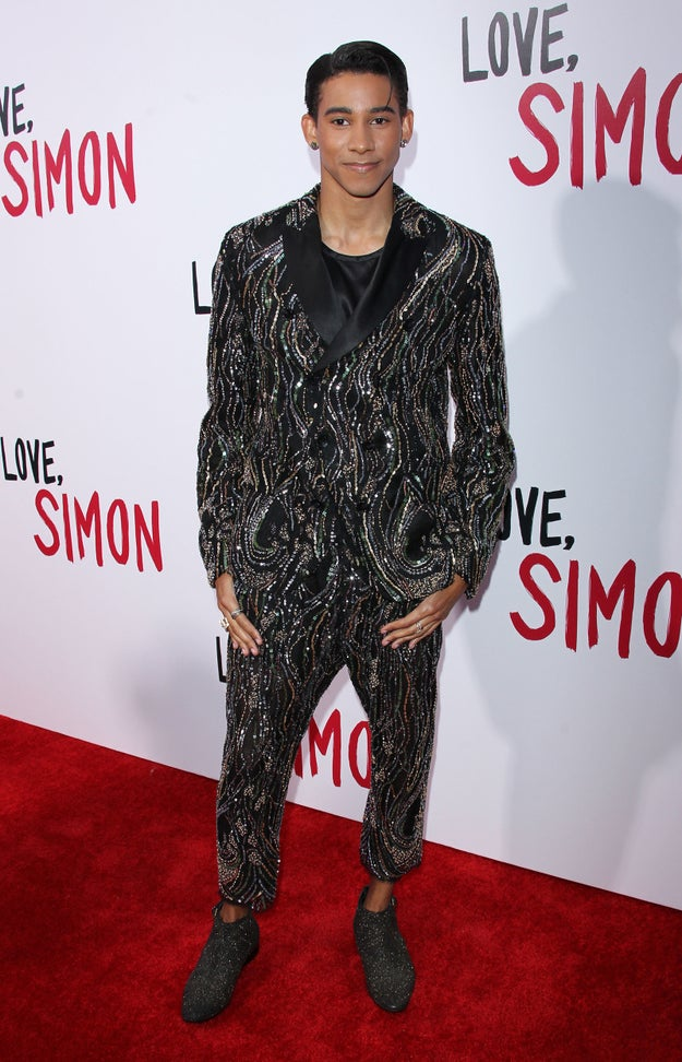Aussie Keiynan Lonsdale stars as Bram, a guy in Simon's group who Simon suspects might be Blue.