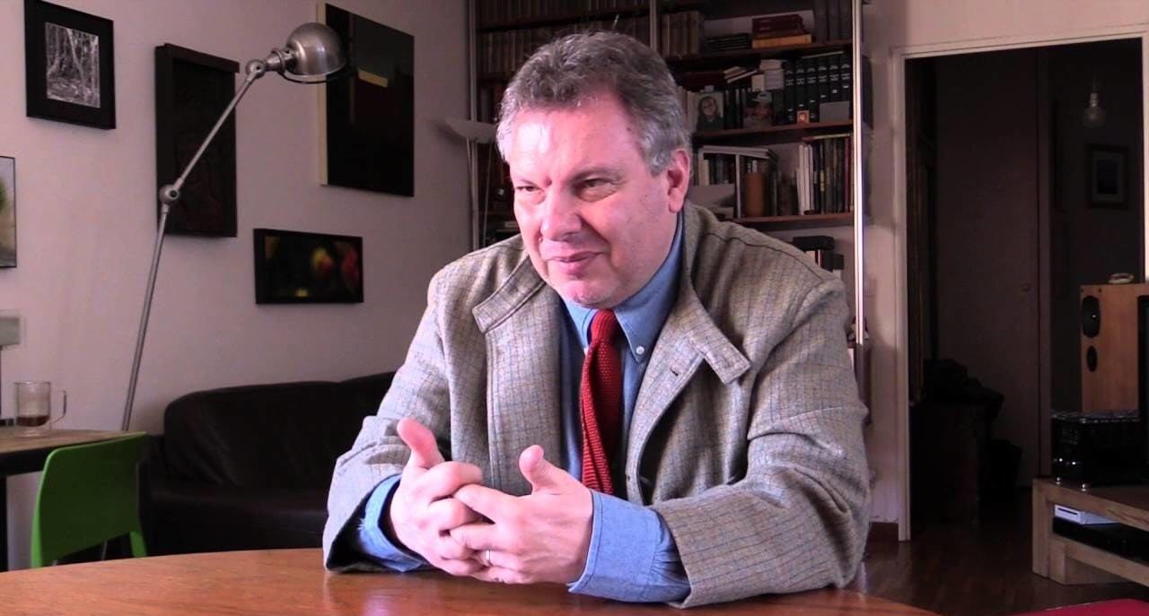 Bertrand Delais a été élu, après un long débat, avec 12 voix pour, 7 contre, et l'abstention du président de l'Assemblée nationale, François de Rugy, selon l'Agence France-presse.