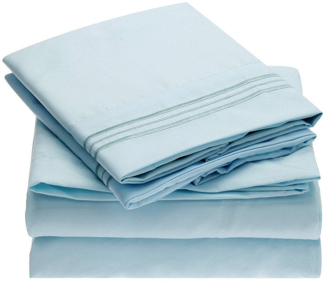 the sheets in blue