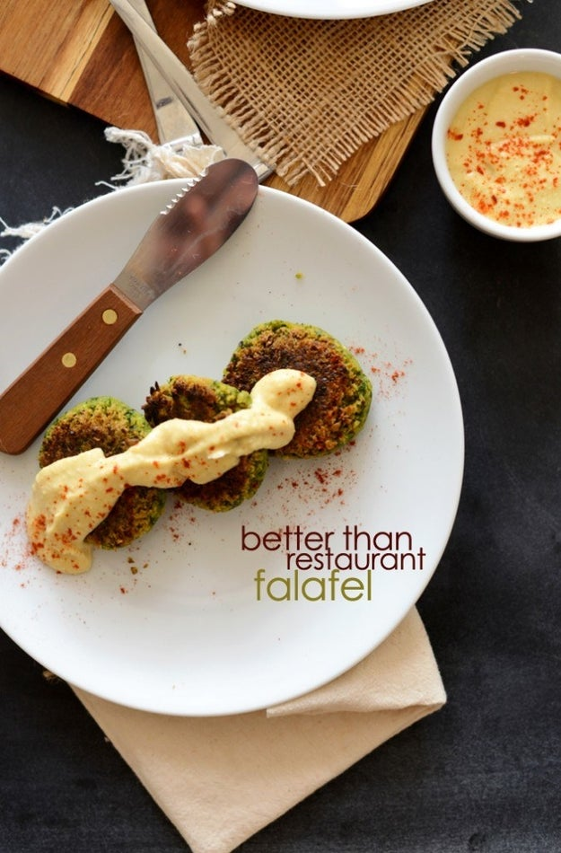 I wanted to see how the blender would hold up for more textured recipes, and happened upon this recipe for falafel.