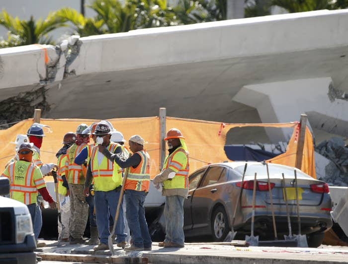 The new pedestrian bridge that was under construction collapsed onto a busy Miami highway Thursday afternoon.