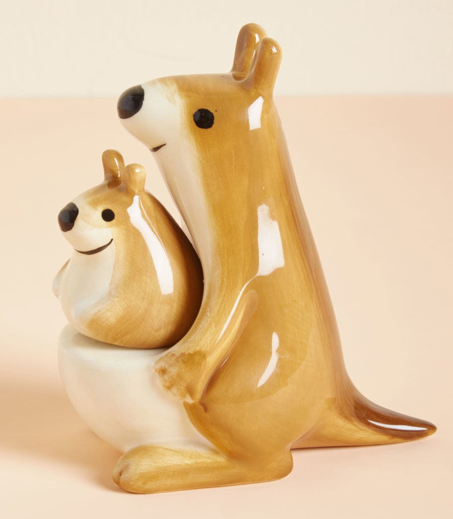 A kangaroo salt and pepper shaker set to bring a little ~joey~ to the process of cooking.