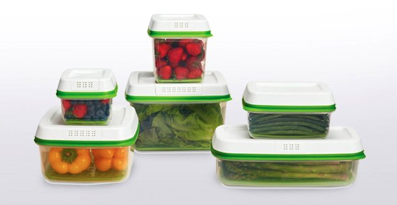 These Miracle Plastic Containers Keep Berries Day One Fresh For