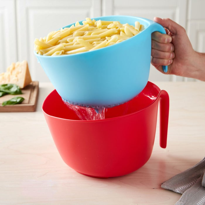 Plus, the bowl has a silicone bottom to ensure it will stay put.Get it from the Tasty collection at Walmart for $12.44 (available in two colors).