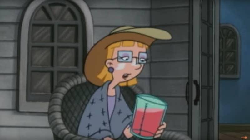"""""""Em """"Hey Arnold!"""", eu nunca pesquei que a mãe de Helga bebia muito. Assistindo aos episódios hoje, vejo como ela balbucia suas palavras, como gosta das seus 'vitaminas' e como está 'cochilando' no sofá a maior parte do tempo. """" —dougfancy101290"""