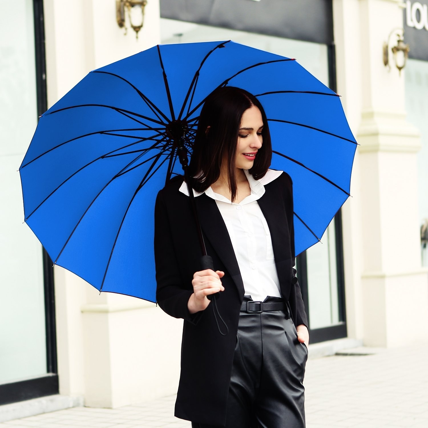 dc78018fe5404 21 Of The Best Umbrellas You Can Get On Amazon