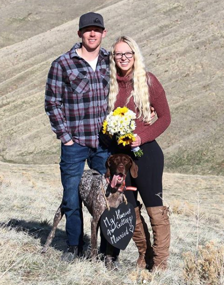 Dad trolls daughter's proposal with huge 'Say No' sign