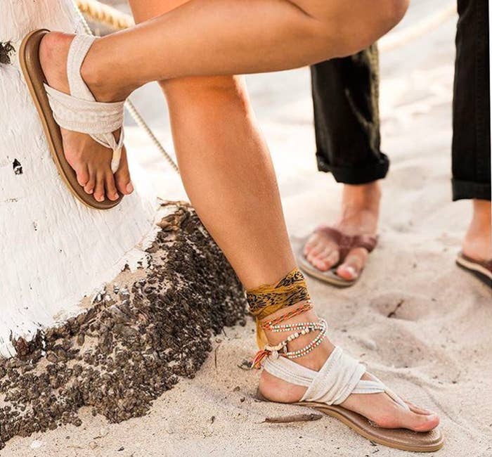 15 Pairs Of Sandals That Are Perfect For Narrow Feet