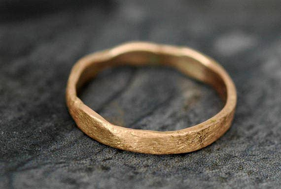 36 Gorgeous Unique Wedding Bands That\'ll Steal The Show