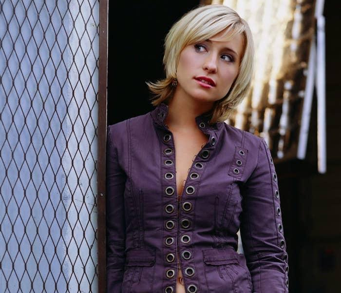 Allison Mack in Smallville.