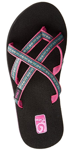 27032914a 15 Pairs Of Sandals That Are Perfect For Narrow Feet