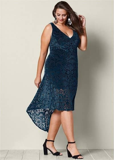 13be15f5c50 29. Venus carries tons of eye-catching dresses in both straight and plus  sizes.