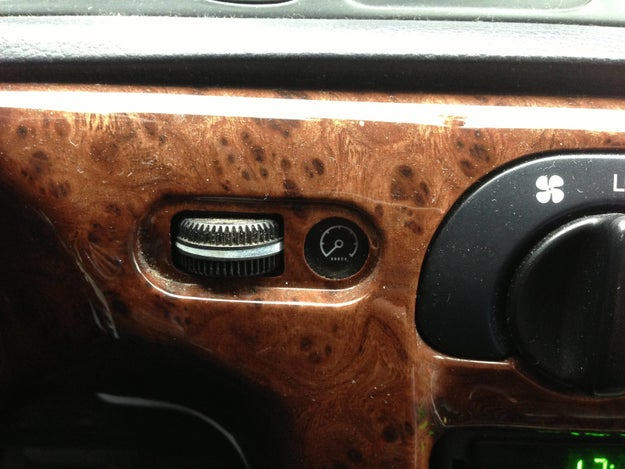 This dimmer wheel that looks like an Oreo.