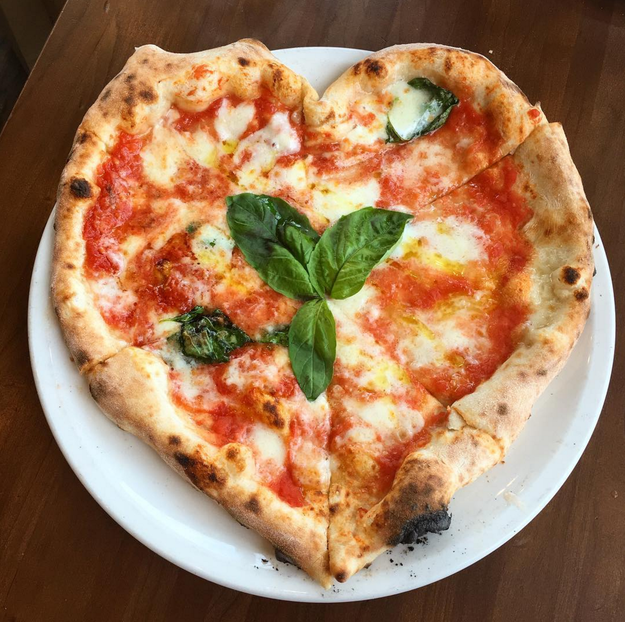 While this person just won over your pizza-loving heart: