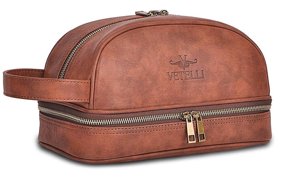 819b7e0fdf4c 19 Of The Best Makeup And Cosmetic Bags You Can Get On Amazon