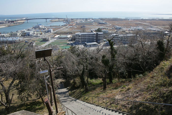 2017年3月10日、宮城県石巻市の沿岸部