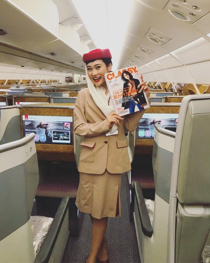 キャビン・クルーとしてフライトを担当する傍ら、エミレーツ航空のSNS大使として、Facebookなどで海外の魅力を発信しています。