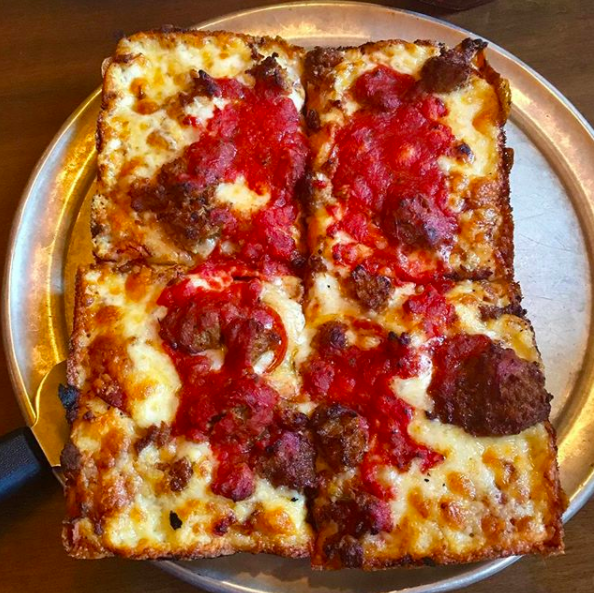 Michigan: Buddy's Pizza in Detroit