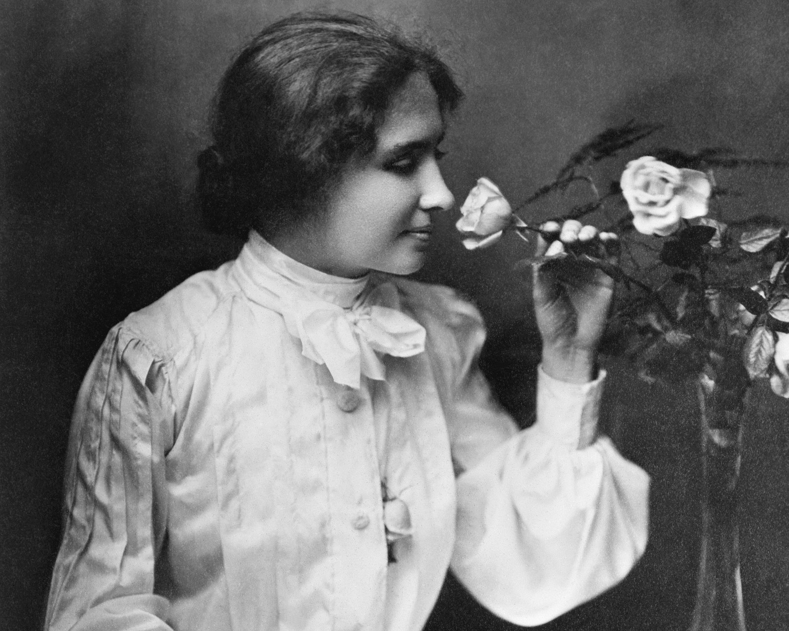 the person i admire helen keller Despite her wide spread recognition as an icon of perseverance, helen keller is actually a multifaceted figure who people know very little about.