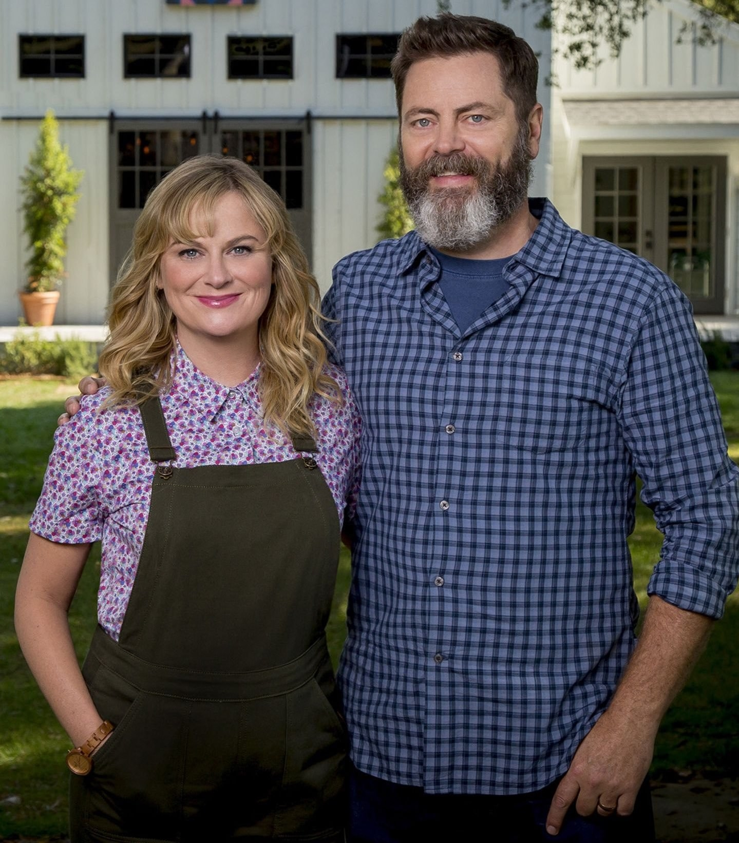 amy poehler and nick offerman have a crafting show coming out because someone has been reading. Black Bedroom Furniture Sets. Home Design Ideas