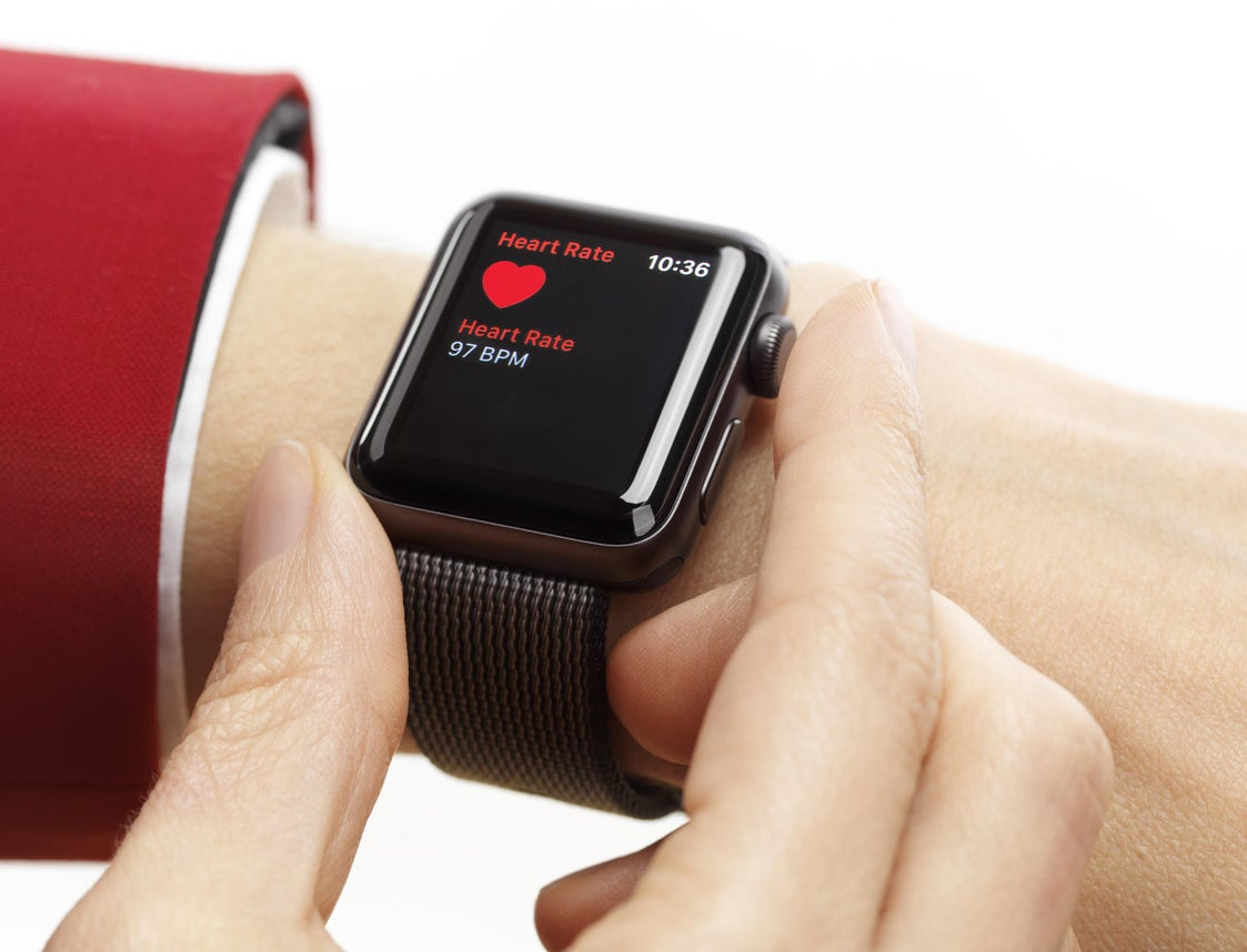 A 25-year-old from Scranton, Kansas, discovered she had a severe thyroid issue after her Apple Watch detected an unusually rapid heartbeat.