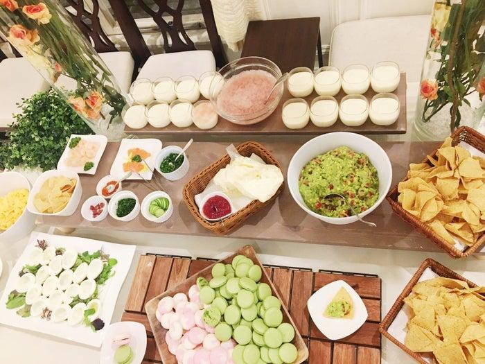 Tasty Japanが用意した料理を具材ごとに並べ、お客様ご自身で完成していただきました!みなさん、思い思いの具材を選んで、楽しんで作っていましたよ♪