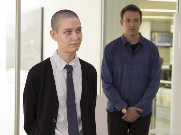 """Taylor and Mafee (Dan Soder) in """"Dead Cat Bounce."""""""